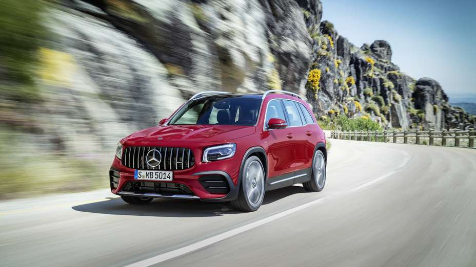 2020 Mercedes Amg Glb 35 Compact Mercedes Suv With 302 Hp And Seven