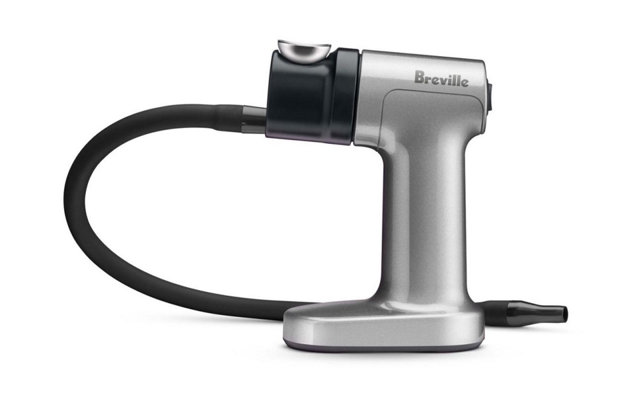 Le pistolet fumant portable de Breville induit un arôme et une saveur dans les aliments et les boissons 2