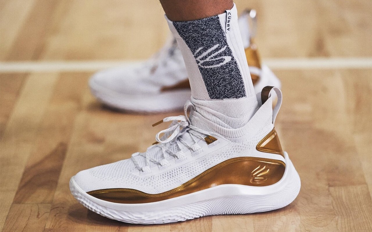Under Armour Curry 8 Golden Flow White Metallic Gold Basketball Shoes