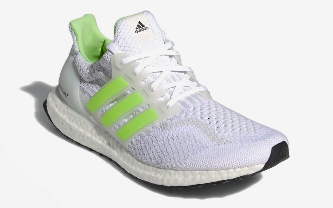 Adidas UltraBOOST 5.0 DNA Glow