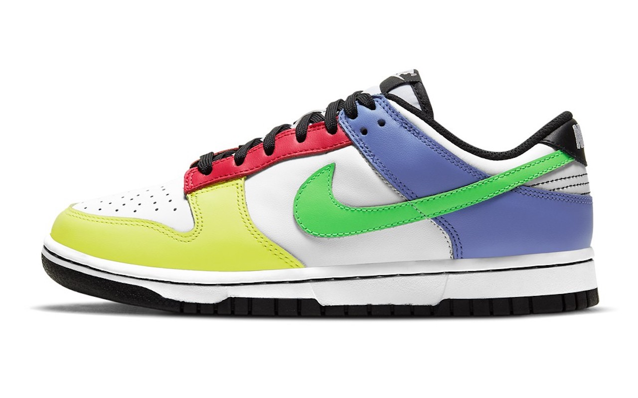 Nike Dunk Low Green Strike Women
