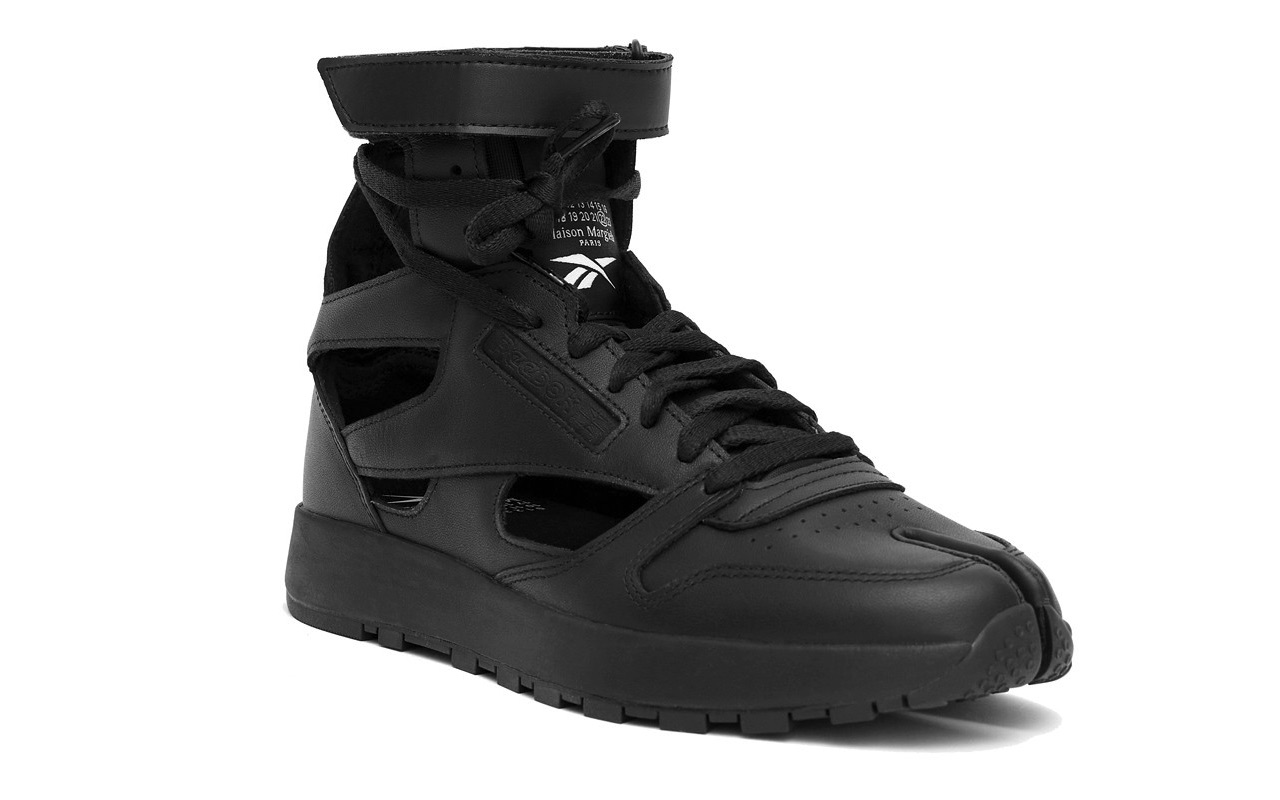 Maison Margiela Reebok Classic Leather Tabi High Gladiator Black
