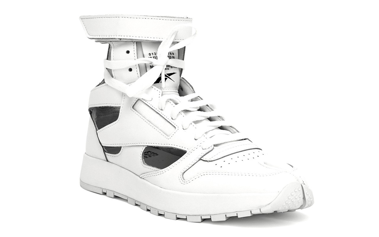 Maison Margiela Reebok Classic Leather Tabi High Gladiator White