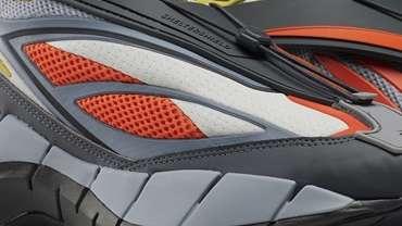 Reebok Zig 3D Storm Hydro River Rapids Pack Gray and Orange 4