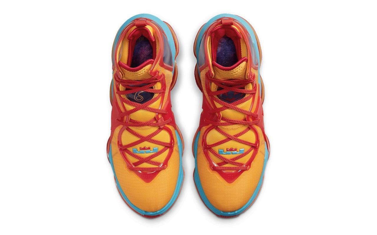 Nike LeBron 19 Tune Squad Design